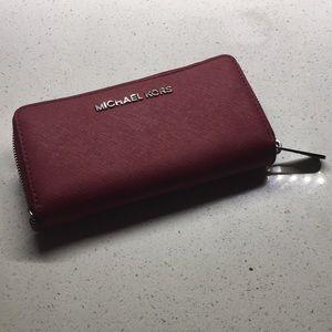 Michael Kors Jet Set Phone Case Wallet